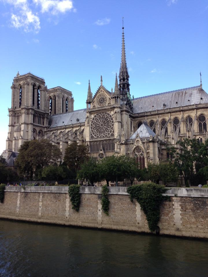 Travel Notre Dame Paris